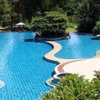 Photo taken at Dheva Mantra Resort & Spa (เทวมันตร์ทรา) by Beanies B. on 2/27/2013