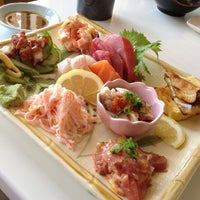 Photo taken at Sushi Noguchi by アリン C. on 3/13/2013