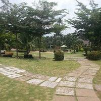 Photo taken at Cyberview Lodge Resort & Spa by Razlan on 9/19/2013