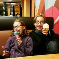 Photo taken at Dunkin' Donuts by Lainey C. on 8/27/2015