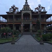 Photo taken at Palacio de Hierro by Paola R. on 4/20/2014