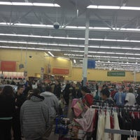 Photo taken at Walmart Supercenter by Oveida on 12/10/2012