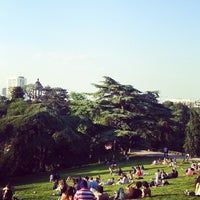 Photo taken at Buttes Chaumont Park by ItalianiPocket on 6/7/2013