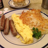 Photo taken at Bob Evans Restaurant by Rikki W. on 11/18/2012