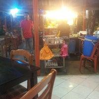 Photo taken at CT Nasi Ayam Garing Mancongkam by Johari R. on 5/17/2013