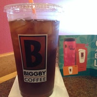 Photo taken at BIGGBY COFFEE by Renee E. on 11/29/2015