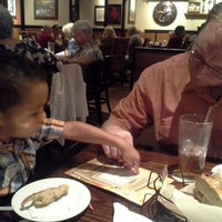 Photo taken at LongHorn Steakhouse by Gina S. on 9/22/2013