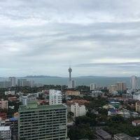 Photo taken at Pattaya Hill Resort by Даниил Ш. on 7/18/2014