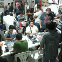 Photo taken at Silvercards - Game Center by Oscar C. on 5/4/2013