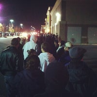 Photo taken at Best Buy by Joe S. on 11/23/2012