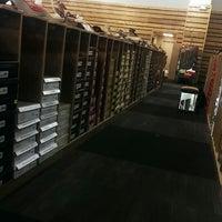Photo taken at DSW Designer Shoe Warehouse by Davies M. on 5/25/2013