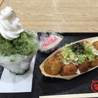 Photo taken at 築地銀だこ イトーヨーカドー 曳舟店 by さくぞう on 7/17/2015