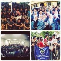Photo taken at Fakultas Pendidikan Ekonomi dan Bisnis (FPEB) by abdillah h. on 12/22/2015
