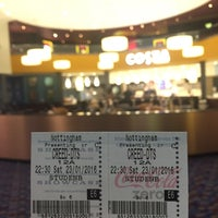 Photo taken at Showcase Cinema by Bella on 1/23/2016