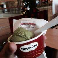 Photo taken at Häagen-Dazs by PPORSSCHE on 1/3/2016