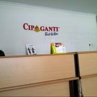 Photo taken at Cipaganti shuttle & travel Jogja by Aniek S. on 2/17/2013