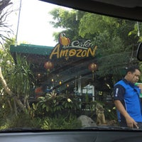 Photo taken at Cafe Amazon by Ratchanon K. on 4/26/2016