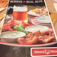 Photo taken at Ninety Nine Restaurant by ✨Mely✨ on 11/9/2013