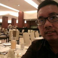 Photo taken at Java Paragon Hotel and Residences by Michael P. on 4/26/2016