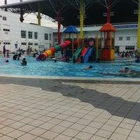 Photo taken at Pusat Akuatik Darul Ehsan (Aquatic Centre) by Intan A. on 1/19/2013