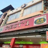 Photo taken at Restoran Rest'1 by Jumini A. on 3/15/2013