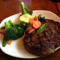 Photo taken at Outback Steakhouse by Steven S. on 4/20/2014