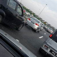 Photo taken at Kesas Hwy. by Norfidayu I. on 7/8/2015