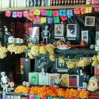 Photo taken at Librería El Ático by Laura W. on 10/28/2015