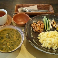 Photo taken at 馬喰町 ART+EAT by 由詩 (. on 1/20/2016