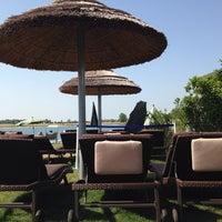 Das Foto wurde bei Beachbar auf Summer Island von Michael V. am 7/29/2013 aufgenommen