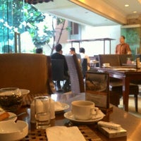 Photo taken at Arion Swissbel Hotel by Ibar I. on 4/15/2016
