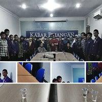 Photo taken at Kabar Priangan by Duddy R. on 12/1/2012