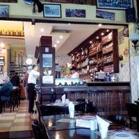 Photo taken at Blend Bar by Rafael W. on 6/3/2013