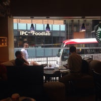 Photo taken at Starbucks by Franz W. on 11/10/2015