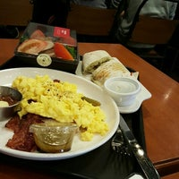 Photo taken at A TWOSOME PLACE by Reid P. on 12/26/2015