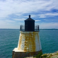 Photo taken at Castle Hill Lighthouse by AWoww on 8/12/2016