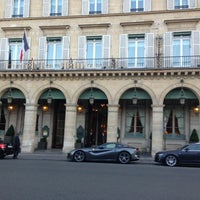 Photo taken at Le Meurice by nomu_119117 n. on 7/6/2013
