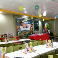 Photo taken at Jollibee by rocky s. on 5/25/2015