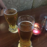 Photo taken at Queen's Head Pub by Juan V. on 9/27/2015