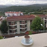 Photo taken at Işık Üniversitesi D/K Building by Şeyma Ş. on 7/20/2016
