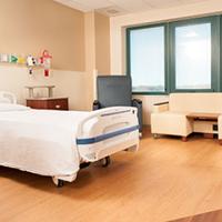 Photo taken at TriStar Summit Medical Center by TriStar Summit Medical Center on 8/28/2015