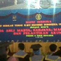Photo taken at Sekolah Tinggi Ilmu Ekonomi Indonesia (STIESIA) by Bayu A. on 6/6/2015