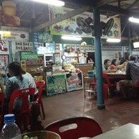 Photo taken at ลำพู 3 by Arina K. on 10/4/2012