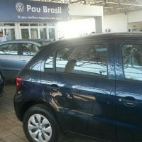 Photo taken at Pau Brasil - Concessionária Volkswagen by Rogerio Roducar C. on 11/3/2015