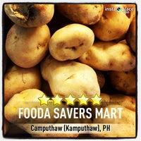 Photo taken at Fooda Saversmart by Samuel David M. on 6/30/2013