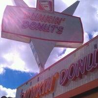 Photo taken at Dunkin Donuts by Canz C. on 9/18/2012