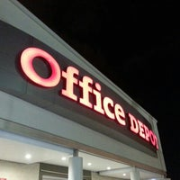 Photo taken at Office Depot by Las Manualidades D. on 12/16/2015
