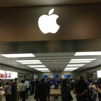 Photo taken at Apple RomaEst by Giuseppe C. on 6/1/2013