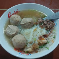Photo taken at Bakso Mas Kumis by Laurensius S. on 10/22/2015