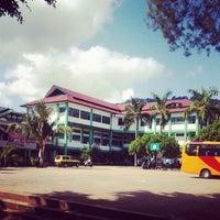Photo taken at Universitas Sains dan Teknologi Jayapura by Fritson B. on 9/5/2013